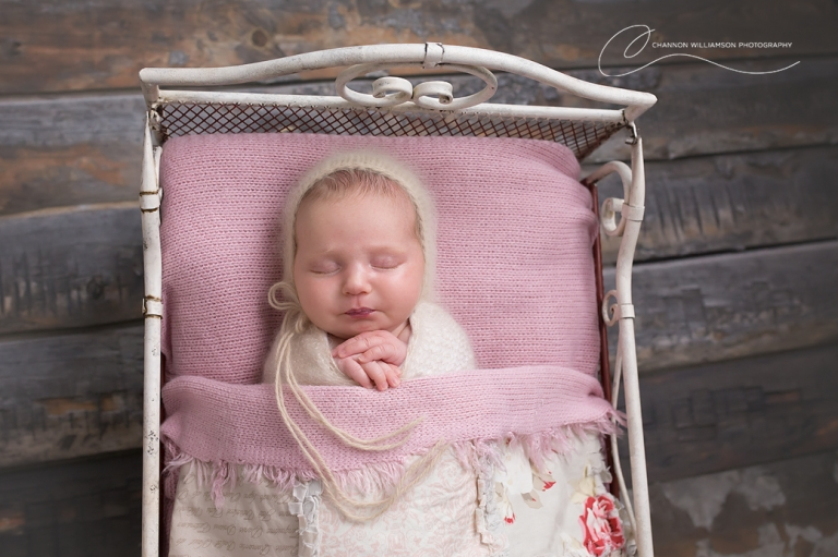 Baby Amelia 25 Days old | Perth Baby Photography